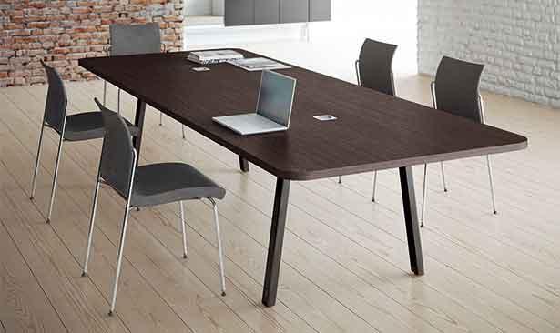 Forniture sanitarie mobili per ufficio for Tavoli ufficio economici